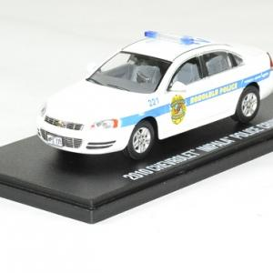 Chevrolet impala 2010 hawai 5 0 police cruiser 1 43 greenlight autominiature01 1