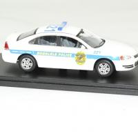Chevrolet impala 2010 hawai 5 0 police cruiser 1 43 greenlight autominiature01 3