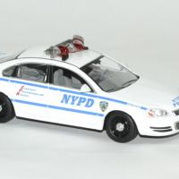 Chevrolet impala police blue bloods 1 43 greenlight autominiature01 3