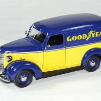 Chevrolet panel truck 1939 good year greenlight 1 24 autominiature01 1