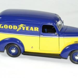 Chevrolet panel truck 1939 good year greenlight 1 24 autominiature01 3