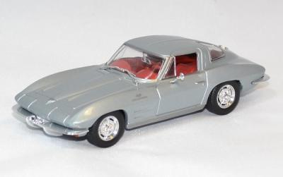 Chevrolet corvette Stingray argent 1963 solido 1/43