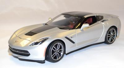 Chevrolet Stingray Z51 argent 2014 Maisto 1-18