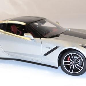 Chevrolet stingray z 51 2014 maisto 1 18 autominiature01 2