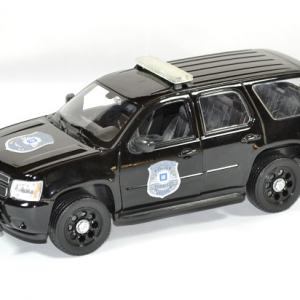 Chevrolet tahoe 2008 police 1 24 welly autominiature01 1