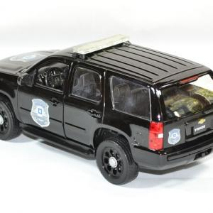 Chevrolet tahoe 2008 police 1 24 welly autominiature01 2