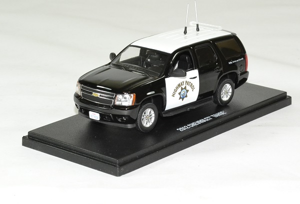 Chevrolet tahoe police 2012 highway patrol 1 43 greenlight autominiature01 1