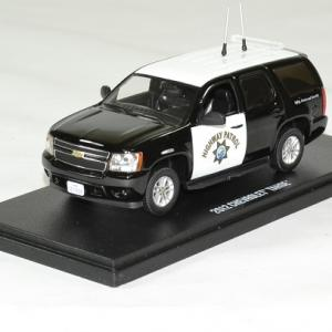 Chevrolet tahoe police 2012 highway patrol 1 43 greenlight autominiature01 1
