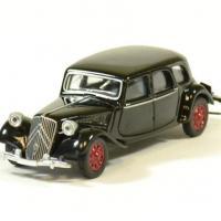 Citroen 15 6 noir 1939 norev 1 64 autominiature01 1