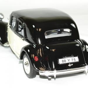 Citroen 15cv 6v 1952 beige noir 1 18 maisto autominiature01 2