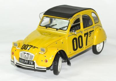 Citroen 2CV  6 James Bond 1981