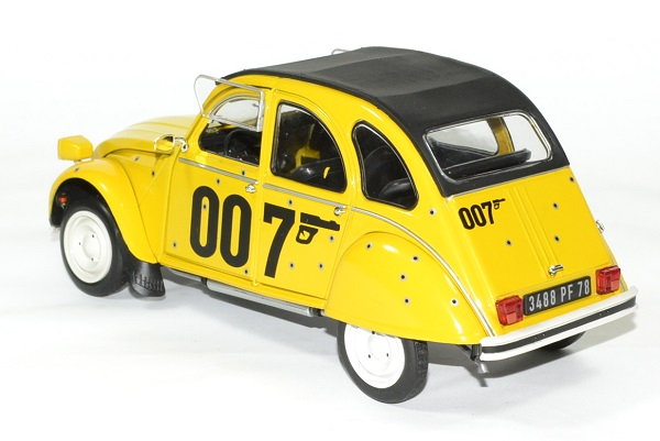 Citroen 2 cv james bond 1981 solido 1 18 autominiature01 2