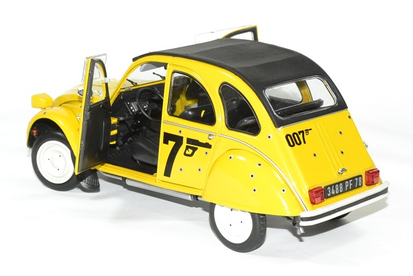 citroen 2cv 6 james bond 1981 miniature solido 1 18. Black Bedroom Furniture Sets. Home Design Ideas