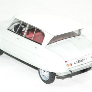 Citroen ami 6 1961 whitebox 1 24 autominiature01 2