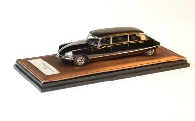 Citroen DS limousine noire 1969