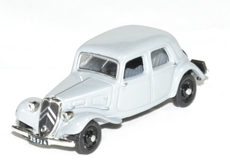 Citroen traction 11a 1937 norev 1 87 autominiature01 1