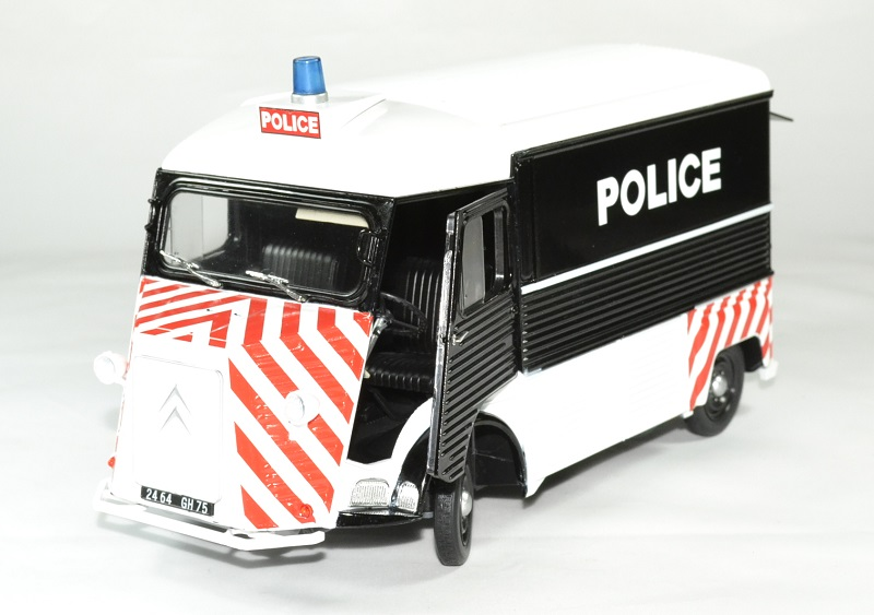 Citroen type hy police 1 18 1969 solido autominiature01 1