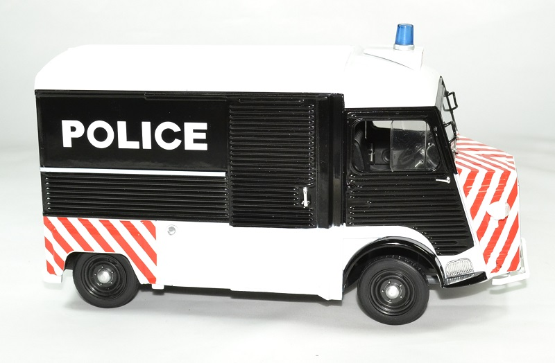 Citroen type hy police 1 18 1969 solido autominiature01 3