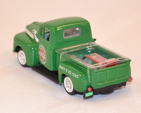 Coca cola ford f1 1948 pick up 1 43 motor city 467431 autominiature01 com 2