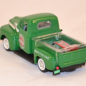 Coca cola ford f1 1948 pick up 1 43 motor city 467431 autominiature01 com 2