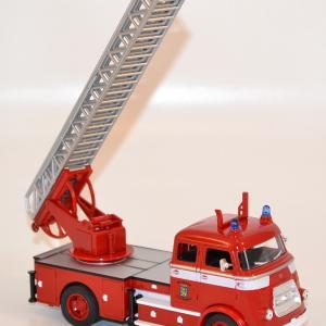 Daf a1600 1962 pompiers echelle leeuwarden 2eme version yat 43016s3 1 43 autominiature01 com 2 1