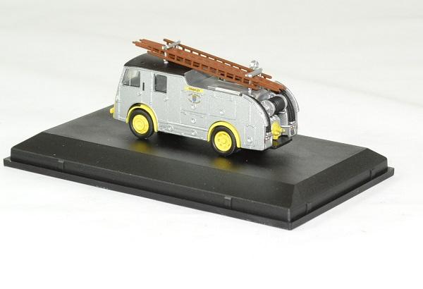 Dennis f8 pompier west sussex 1 76 oxford autominiature01 2