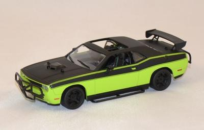Dodge Challenger srt-8 2014 Letty fast and furious 7 greenlight 1/43