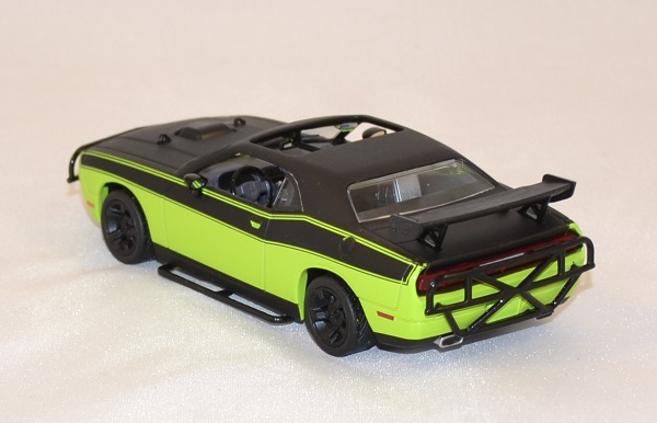 dodge challenger srt 8 fast and furious 7 greenlight 1 43. Black Bedroom Furniture Sets. Home Design Ideas