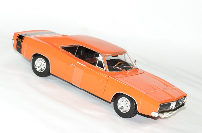 dodge charger r t orange 1969 miniature by maisto 1 18. Black Bedroom Furniture Sets. Home Design Ideas
