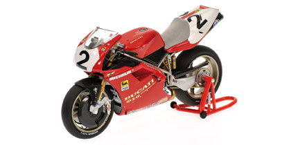ducati-916-world-champion-94-fogarty-1-12-minichamps-122941202-autominiature01-com.jpg
