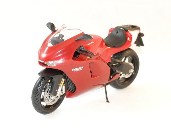 Ducati desmosedici rr 2009 automaxx 1 12 autominiature01 2