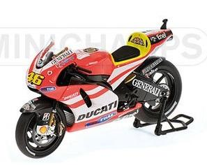DUCATI rossi motogp 2011 1-12 minichamps #46 122110046