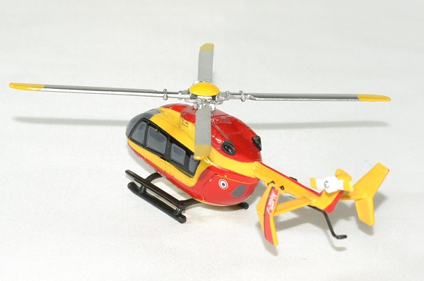 Eurocopter ec 145 securite civile 1 100 new ray autominiature01 2