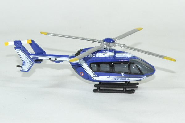 Eurocopter ec145 gendarmerie helico newray 1 100 autominiature01 4