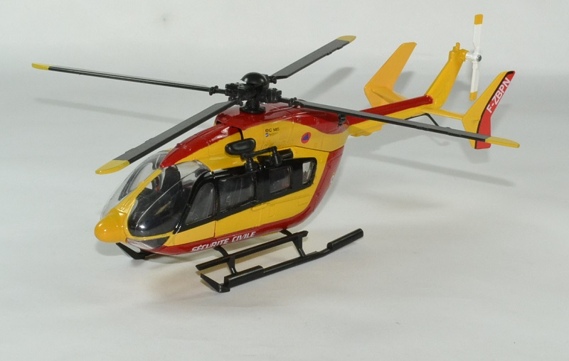 Eurocoptere ec145 securite civile 1 43 new ray autominiature01 1