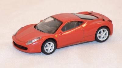 Ferrari 458 italia rouge 1/64 schuco