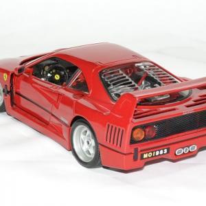 Ferrari f 40 bburago 1 18 autominiature01 2