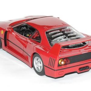 Ferrari f 40 rouge 1 24 bburago autominiature01 2