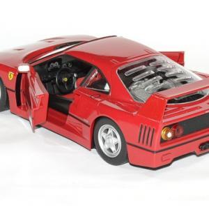 Ferrari f 40 rouge 1 24 bburago autominiature01 4