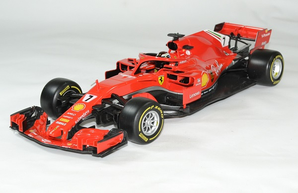 Ferrari f1 raikkonen 2018 sf71 1 18 bburago autominiature01 1