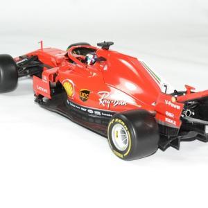 Ferrari f1 raikkonen 2018 sf71 1 18 bburago autominiature01 2