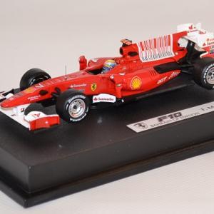 Ferrari f10 barhain 7 2010 hotwheels 1 43 6290 massa autominiature01 com 1