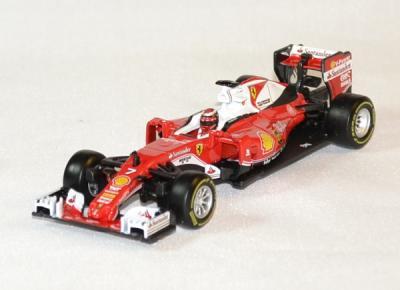 Ferrari SF 16H avec pilote K. Raïkkonen #7