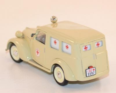 Fiat 1100, ambulance, red cross italienne 1947