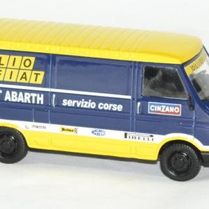 Fiat 242 abarth assistance rallye 1 43 ixo autominiature01 3