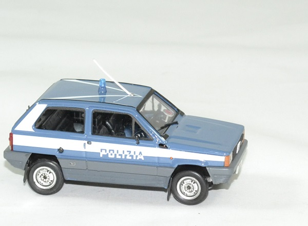 Fiat panda 4x4 polizia stradale 1983 brumm 1 43 autominiature01 6