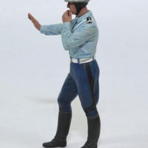 Figurine policier motocycliste 1 18 flm autominiature01 118036p2 2