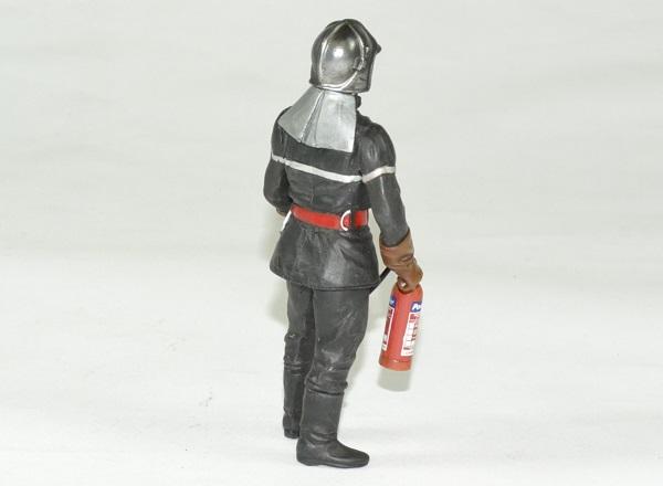 Figurine pompier jean luc flm 1 18 autominiature01 2