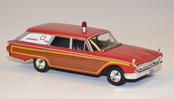 Ford 1946 ambulance whitebox 1 43 autominiature01 com 3