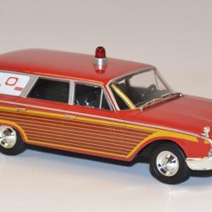 Ford 1946 ambulance whitebox 1 43 autominiature01 com 3